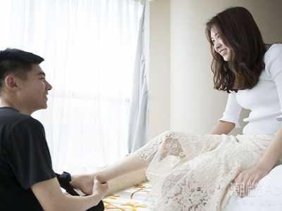 男生希望女生亲他吗 女生希望接吻的暗示很明显